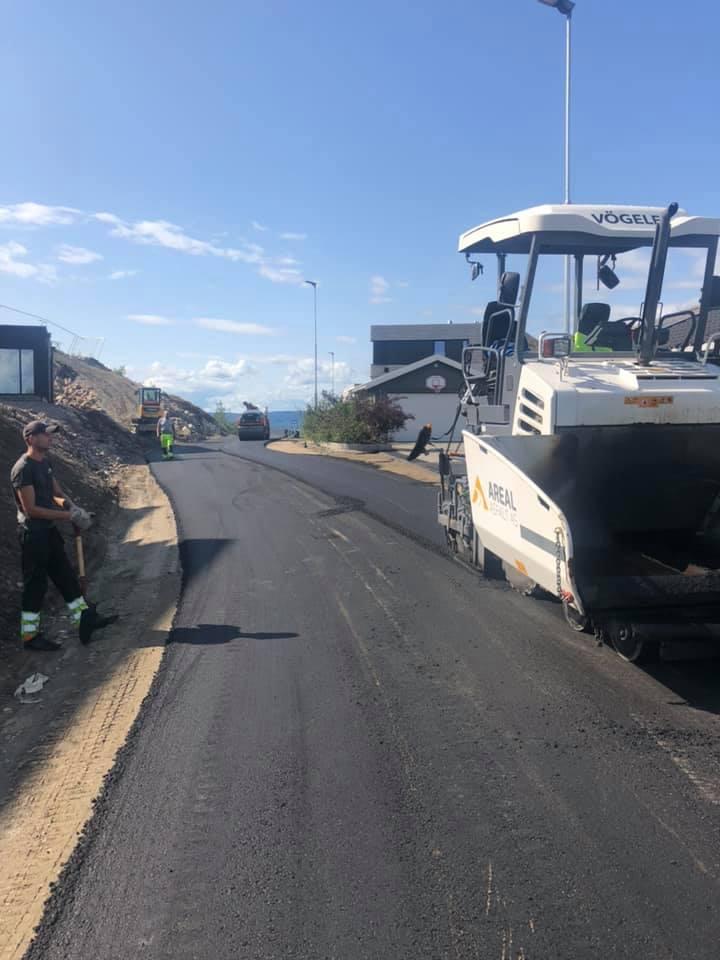 asfaltering av vei